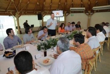 Quirino Ordaz Coppel sostuvo un encuentro con empresarios de Guasave