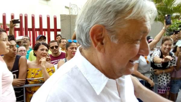 AMLO en Mazatlán Olas Altas Septiembre 2018 Gira Agradecimiento 9