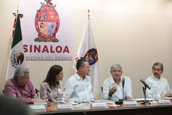 Amlo y Quirino Ordaz Primera Reunión Sinaloa 2018 (7)