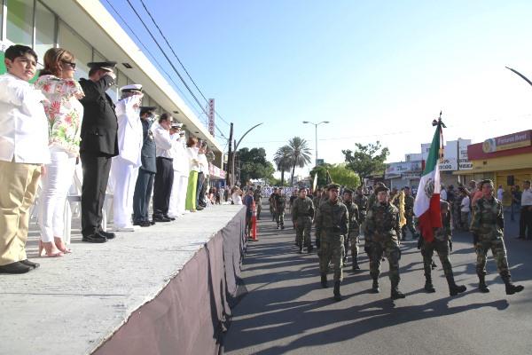 Desfile Independencia Mazatlán 2018