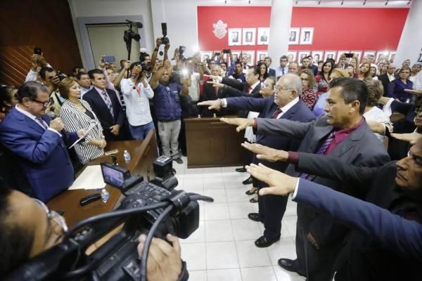 Luis Guillermo Beniez Torres Toma Protesta Mazatlán 2018 2019
