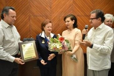 """Premio al Mérito Femenino """"Profesora Agustina Monterde Lafarga"""""""