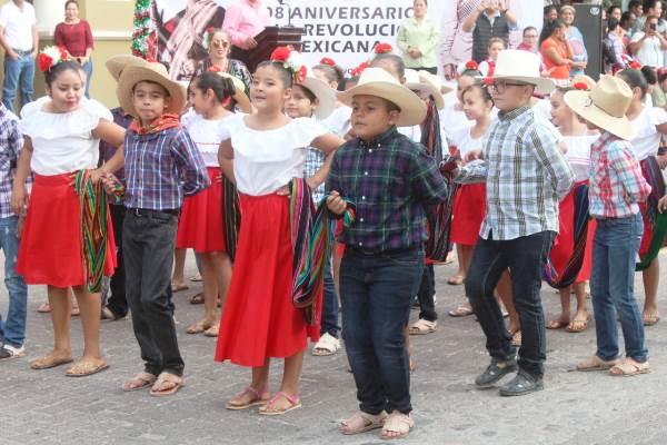 Desfile 20 Noviembre San Ignacio de Loyola Pueblo Señorial Zona Trópico Sinaloa México 2018 3