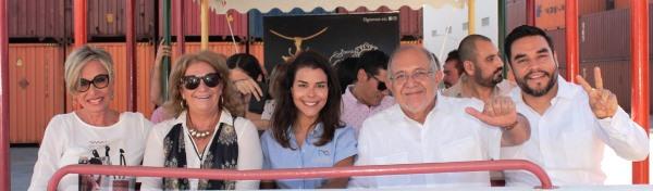 Recibe el Alcalde de Mazatlán Benítez Torres Crucero Nov 2018 1