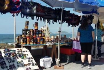 Respetarán espacios para la venta de artesanías