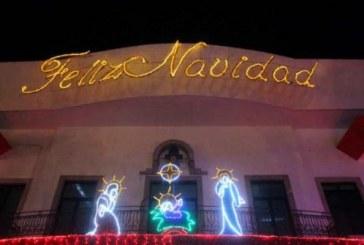 Llega el espíritu navideño en el palacio municipal