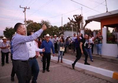 15- Inaugura Quirino obras por 51 mdp en San Ignacio