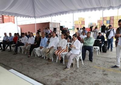 4- Importa Mitsubishi 4870 vehículos por el puerto de Mazatlán