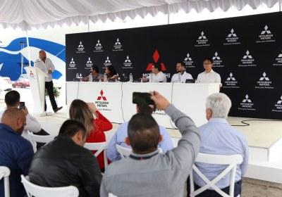 6- Importa Mitsubishi 4870 vehículos por el puerto de Mazatlán