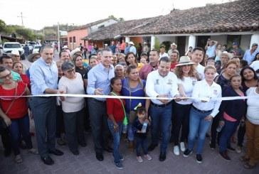 Inaugura Quirino obras por 51 mdp en San Ignacio