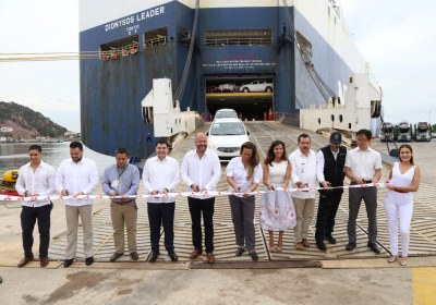 7- Importa Mitsubishi 4870 vehículos por el puerto de Mazatlán