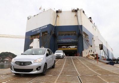 9- Importa Mitsubishi 4870 vehículos por el puerto de Mazatlán