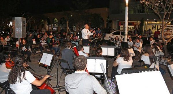 La Banda Toma La Calle (2)