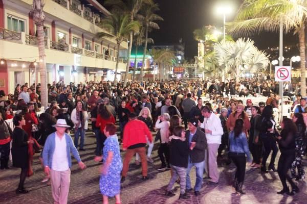 Nace la Tradición de Año Nuevo en Mazatlán en 2019 (1)