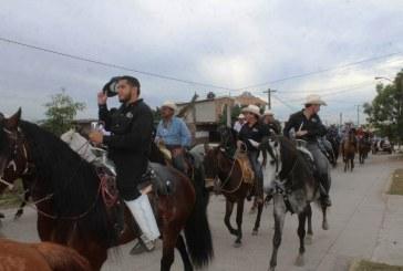 Cabalgata de La Amistad una tradición que crece en El Roble
