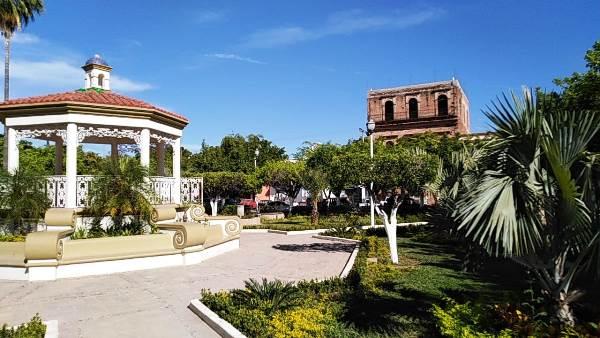 San Ignacio de Loyola Pueblo Señorial Sinaloa México 2019 Plazuela
