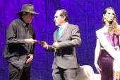 Guillermo Fadanelli Recibe el Premio Mazatlán de Literatura 2019 en la Velada de las Artes