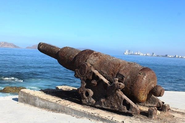 Ignorado el 155 Aniversario de la Defensa de Mazatlán de los Invasores Franceses en 2019 Estamos de Luto Histórico Caón Desmadrado