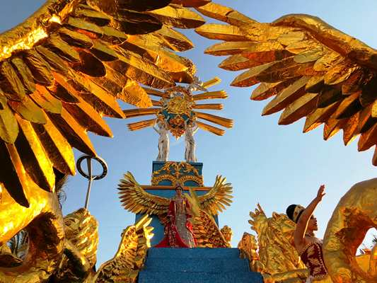 Primer Gran Desfile del Carnaval Internacional de Mazatlán 2019 Carroza Real c