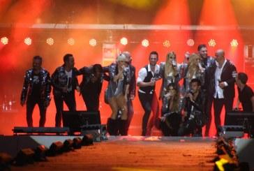 """""""Estrellas"""" brillan en los eventos de coronación del Carnaval Mazatlán."""