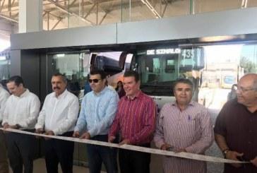 nauguración de las instalaciones de la Central de Autotransportes Unidos de Sinaloa (AUS)