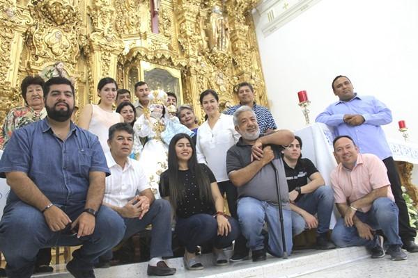 Familia Angulo Beníotez En el Santuario Mariano de Nuestra Señora del Rosario El Rosario Pueblo Mágico Sinaloa México Abril 2019