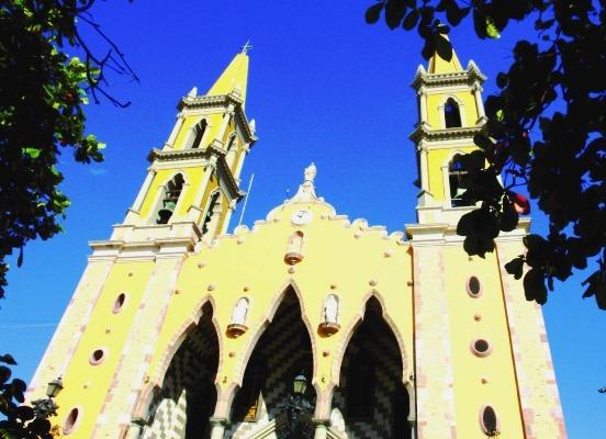 Catedral de Mazatlán y el tortuoso sueño de casarse en ella de toda novia local y de otras latitudes 2019 10