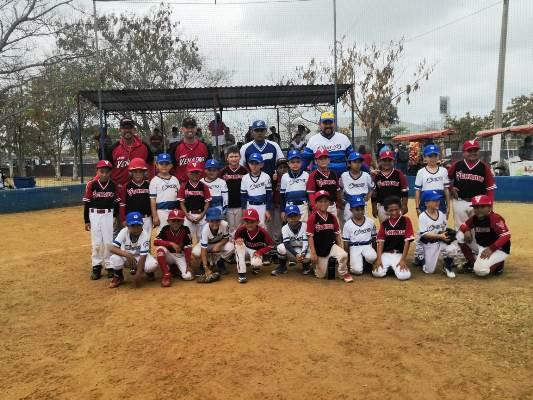 Los Venaditos de Mazatlán le dan paliza a los Charros de Jalisco 4