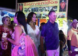 Quirino Ordaz y Rosy Fuentes Coronan a Ariadne I en las Fiestas del Mar de las Cabras 2019 2