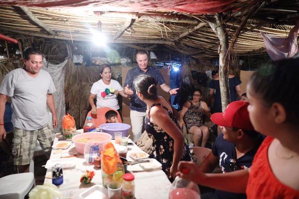 Quirino Ordaz y Rosy Fuentes Coronan a Ariadne I en las Fiestas del Mar de las Cabras 2019 3