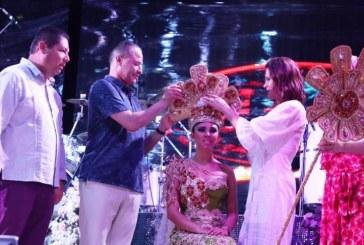 Quirino Ordaz y Rosy Fuentes Coronan a Ariadne I en las Fiestas del Mar de las Cabras 2019