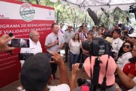Dan banderazo a reencarpetado en Mazatlán