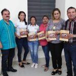 Ramón Larrañaga presenta su libro en su tierra natal San Ignacio