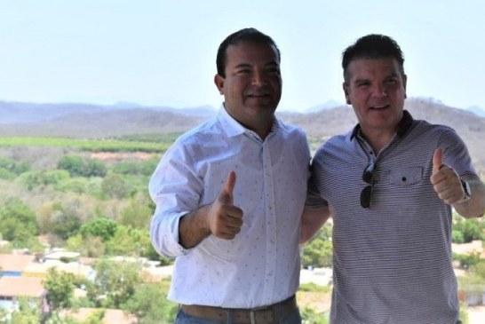 Óscar Pérez Barros secretario de turismo de Sinaloa recorre San Ignacio