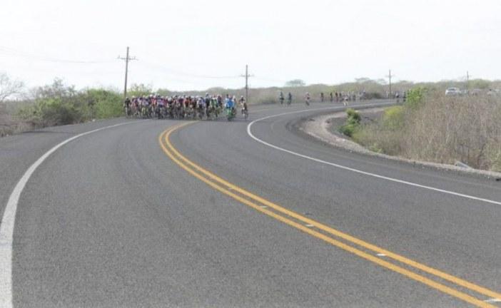 El Gobernador Quirino Ordaz Coppel inaugura modernización de la carretera a Isla de la Piedra