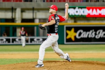 El lanzador estadounidense Konner Wade estará de regreso con Venados