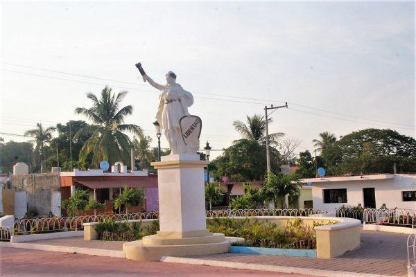 Estatua de la Libertad en San francisquito Mazatlán Zona Trópico Sinaloa México 2019 a
