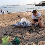 Unen esfuerzos en Mazatlán y Limpian Playa Pinitos: Muy Bien