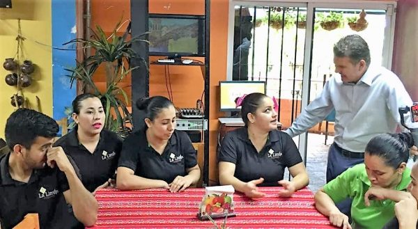 El buen trato al turista parte esencial para que regrese Oscar Pérez Barros Culiacán 1