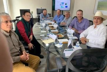 Quirino encabezó una reunión de trabajo con líderes agrícolas