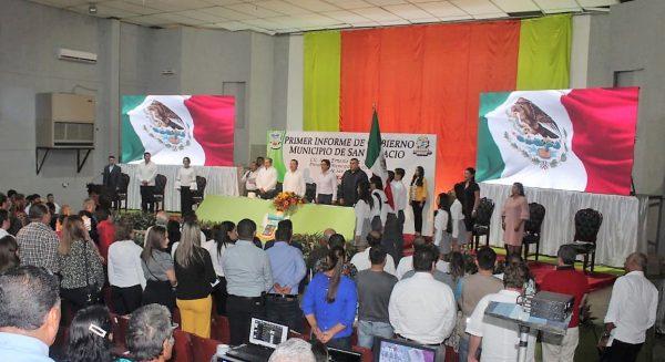 Iván Báez Martínez rinde su primer informe de gobierno 2