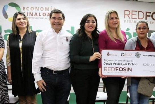 Entrega el Gobierno de Sinaloa financiamientos a MiPyMEs del sector comercio y servicio