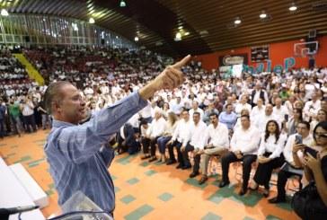 Sinaloa levanta bandera blanca en alfabetización.