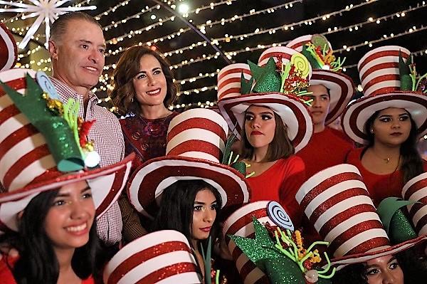 Ev Villa Navideña se Enciende el Árbol de Navidad más Alto de Sinaloa 2019 (11)