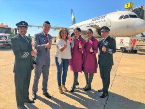 La subsecretaria de Turismo Sylvia Ruiz Coppel, en representación del Secretario de Turismo Óscar Pérez Barros, inauguró hoy el vuelo Monterrey-Mazatlán de Volaris, que realizará los recorridos aéreos cuatro veces a la semana.