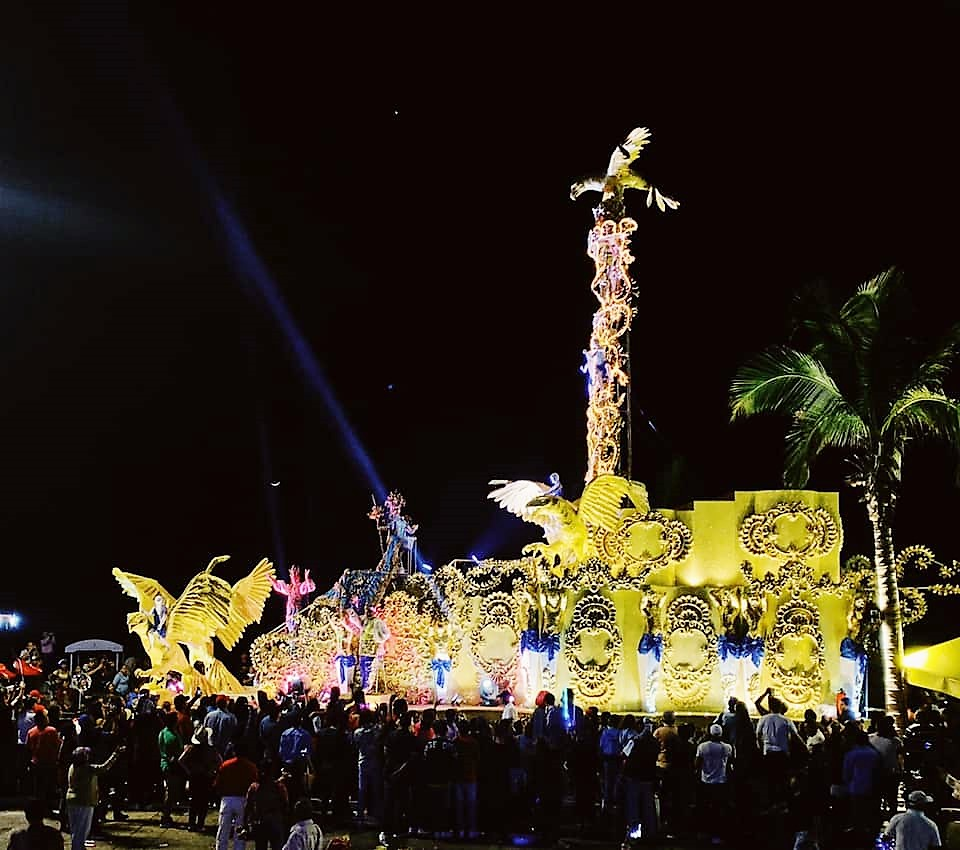 Carnaval Internacional de Mazatlán 2020 Carroza Rey de la Alegría
