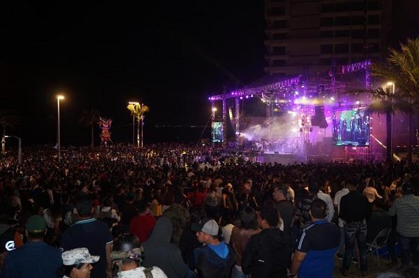Coronación Rey de la Alegría Carnaval Internacional de Mazatlán Paco Vazga 2020 Galería 23