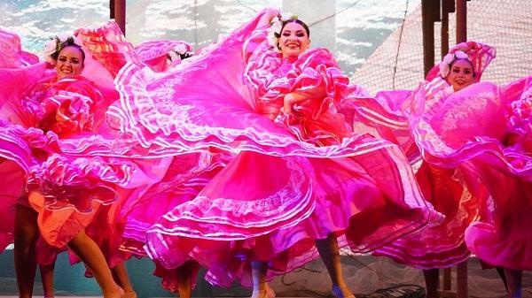 Coronación Rey de la Alegría Carnaval Internacional de Mazatlán Paco Vazga 2020 Galería 9
