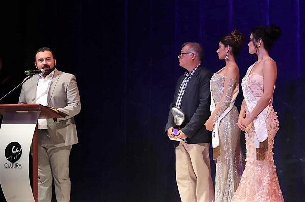 Premio Mazatlán de Literatura 2020 Velada de las Artes TAP Ernesto Lumbreras 3