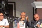 Presentan en Culiacán el Libro Cocineros y Chefs de Mazatlán de Aturo Santamaría Gómez